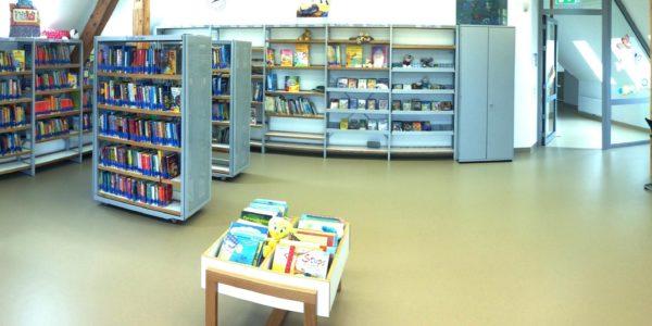005-Bibliothek